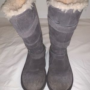 Girls Size 2 Gray Uggs